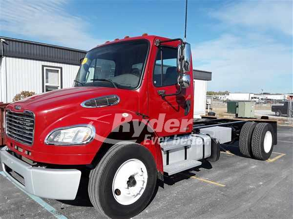 USED 2012 FREIGHTLINER M2 106 CAB CHASSIS TRUCK #668631