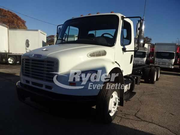 USED 2012 FREIGHTLINER M2 106 CAB CHASSIS TRUCK #661092