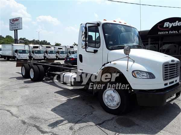 2012 FREIGHTLINER M2 106 CAB CHASSIS TRUCK #662800
