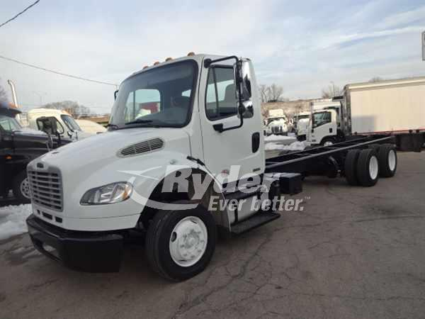 USED 2012 FREIGHTLINER M2 106 CAB CHASSIS TRUCK #661031