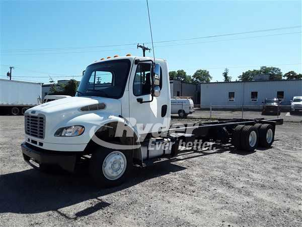 USED 2012 FREIGHTLINER M2 106 CAB CHASSIS TRUCK #664058