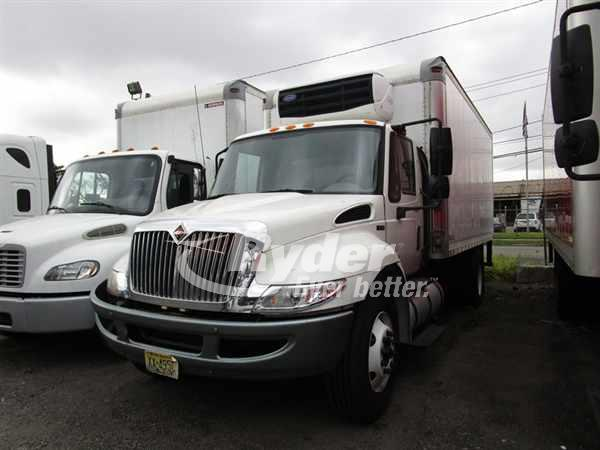 2012 NAVISTAR INTERNATIONAL 4300 REEFER TRUCK #667053