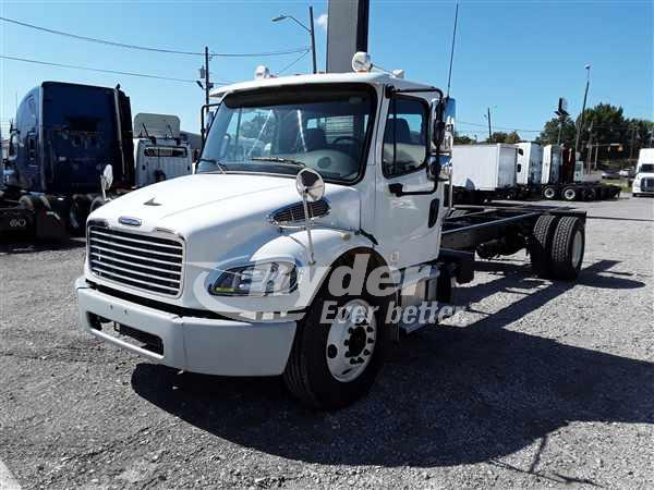 USED 2013 FREIGHTLINER M2 106 CAB CHASSIS TRUCK #665475