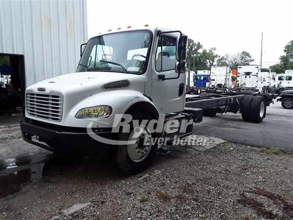 2013 FREIGHTLINER M2 106 CAB CHASSIS TRUCK #665482