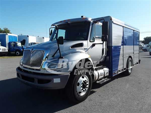 2013 NAVISTAR INTERNATIONAL 4300 CAB CHASSIS TRUCK #663566