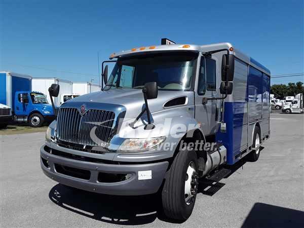 2013 NAVISTAR INTERNATIONAL 4300 CAB CHASSIS TRUCK #663402