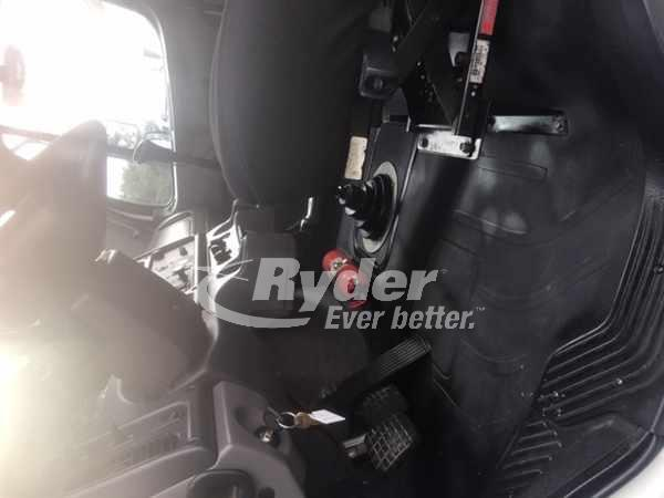 USED 2013 FREIGHTLINER M2 106 CAB CHASSIS TRUCK #661527
