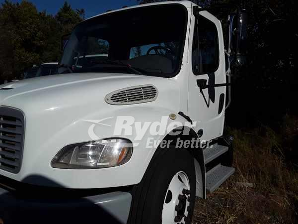 2013 FREIGHTLINER M2 106 CAB CHASSIS TRUCK #662976