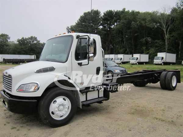 USED 2013 FREIGHTLINER M2 106 CAB CHASSIS TRUCK #661139
