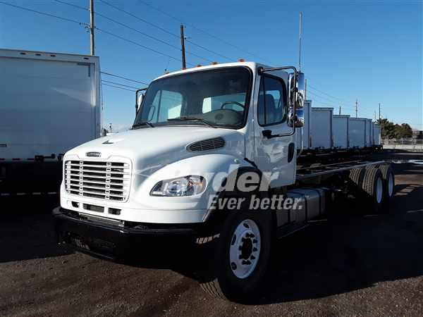 USED 2014 FREIGHTLINER M2 106 CAB CHASSIS TRUCK #668781