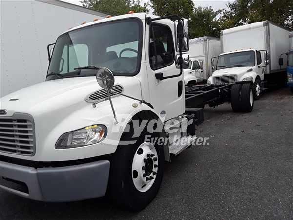 USED 2013 FREIGHTLINER M2 106 CAB CHASSIS TRUCK #663455