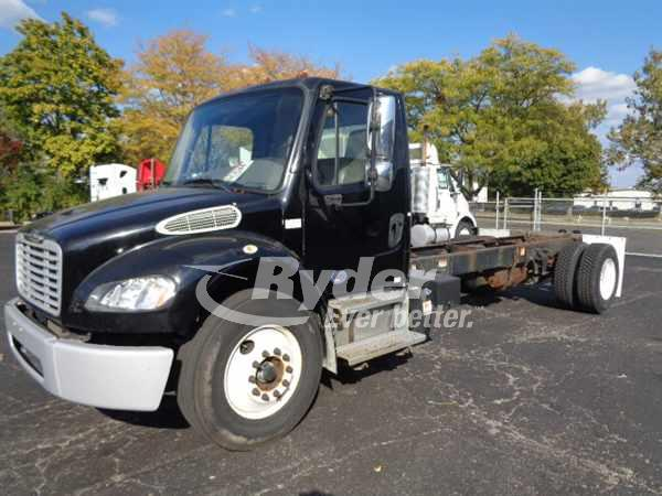 USED 2013 FREIGHTLINER M2 106 CAB CHASSIS TRUCK #669255
