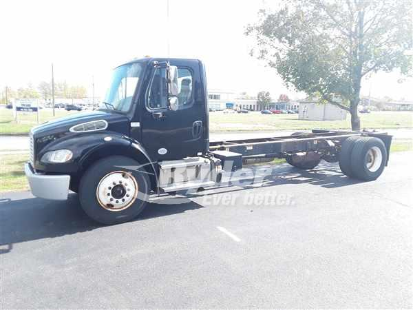 2013 FREIGHTLINER M2 106 CAB CHASSIS TRUCK #668786