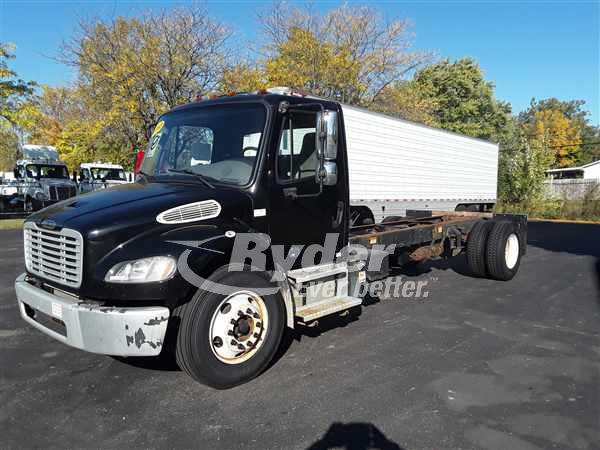 USED 2013 FREIGHTLINER M2 106 CAB CHASSIS TRUCK #668267