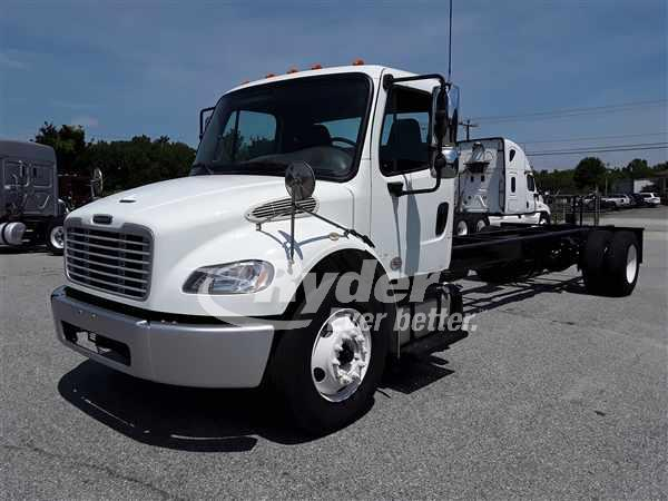 USED 2014 FREIGHTLINER M2 106 CAB CHASSIS TRUCK #662340