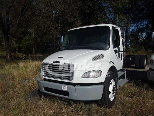 USED 2014 FREIGHTLINER M2 106 CAB CHASSIS TRUCK #662833