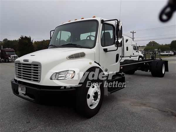 2014 FREIGHTLINER M2 106 CAB CHASSIS TRUCK #665022