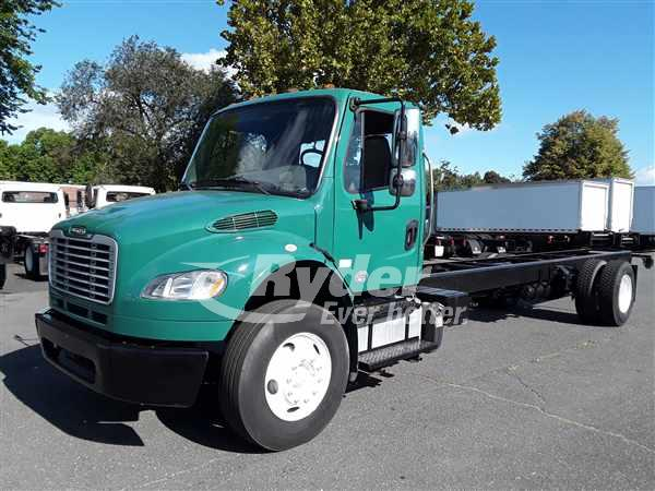 USED 2014 FREIGHTLINER M2 106 CAB CHASSIS TRUCK #663677