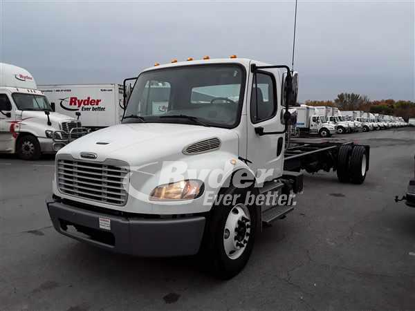 2014 FREIGHTLINER M2 106 CAB CHASSIS TRUCK #668681