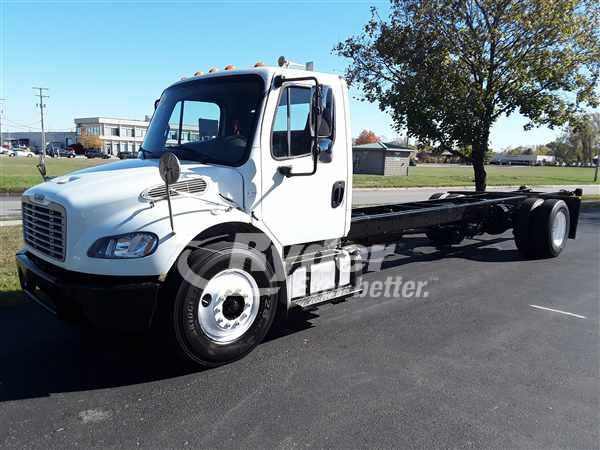USED 2014 FREIGHTLINER M2 106 CAB CHASSIS TRUCK #669104