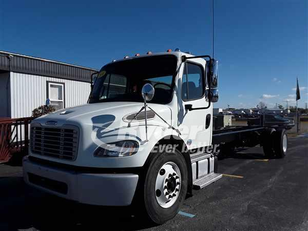 USED 2014 FREIGHTLINER M2 106 CAB CHASSIS TRUCK #667278