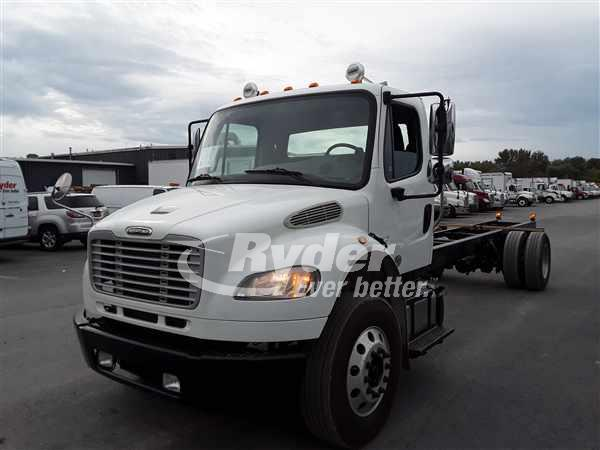 USED 2014 FREIGHTLINER M2 106 CAB CHASSIS TRUCK #663684