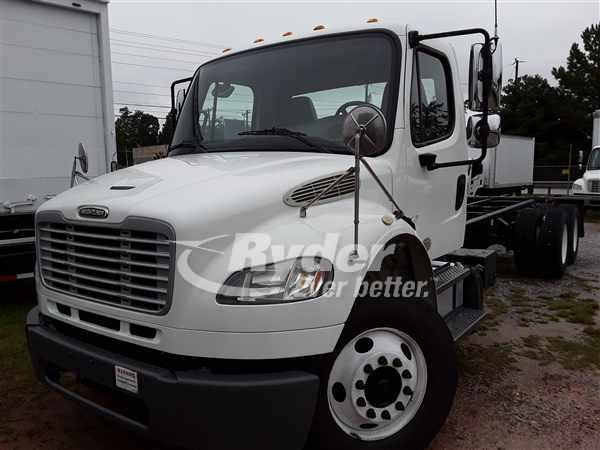 2014 FREIGHTLINER M2 106 CAB CHASSIS TRUCK #663119
