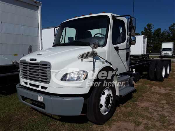 2014 FREIGHTLINER M2 106 CAB CHASSIS TRUCK #663489