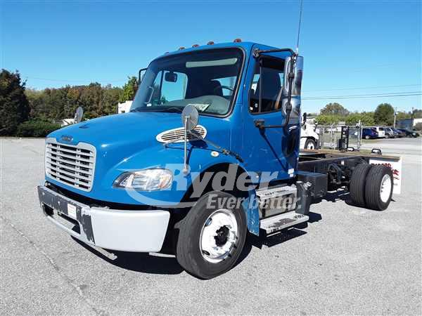 USED 2014 FREIGHTLINER M2 106 CAB CHASSIS TRUCK #668226