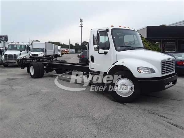 2012 FREIGHTLINER M2 106 CAB CHASSIS TRUCK #663040