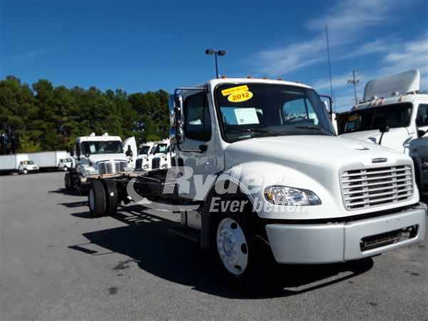 USED 2012 FREIGHTLINER M2 106 CAB CHASSIS TRUCK #668147