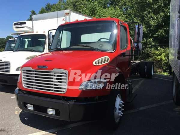 USED 2015 FREIGHTLINER M2 106 CAB CHASSIS TRUCK #662545