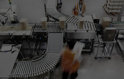 Picking and packing line