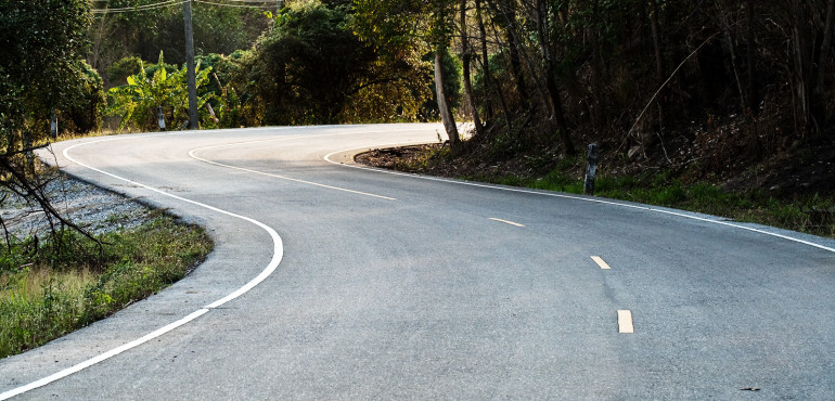 Winding road no vehicles