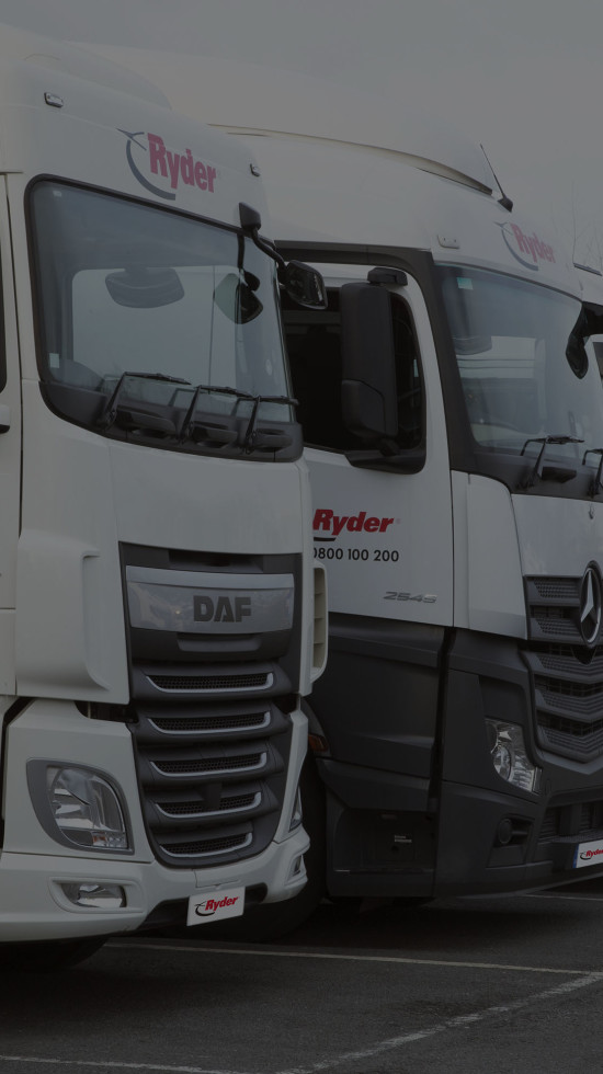 line up of Ryder tractor units
