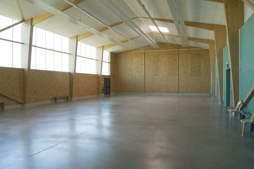 interieur-salle-des-sports-ambillou-chateau-49