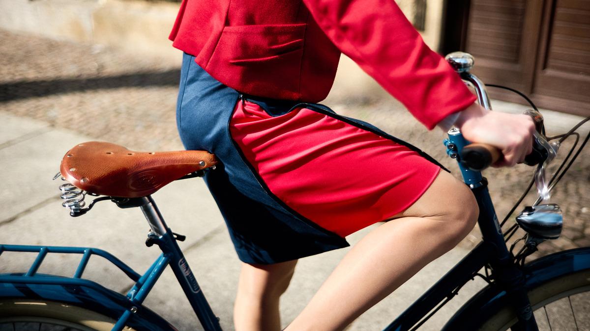 Die elegante Lösung für das Frauen-Fahrrad-Rock-Problem