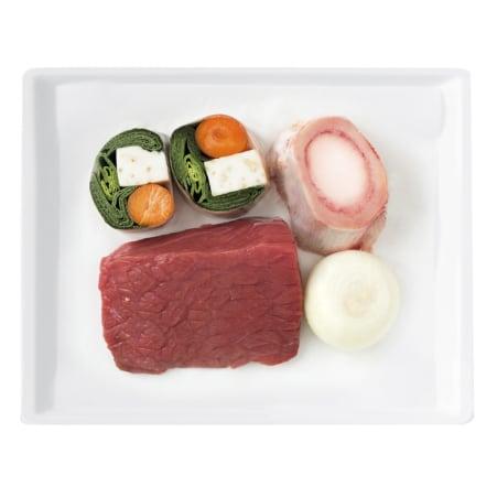 Alpenmetzgerei Rinder Suppenfleisch mit Gemüse und Knochen