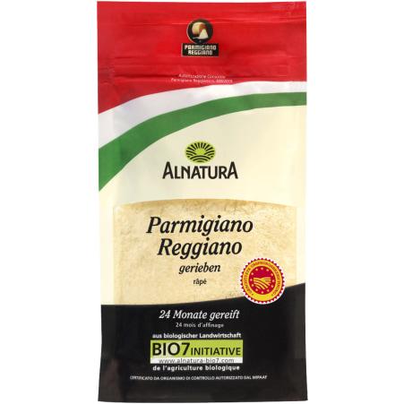 Alnatura Bio Parmigiano Reggiano frisch gerieben