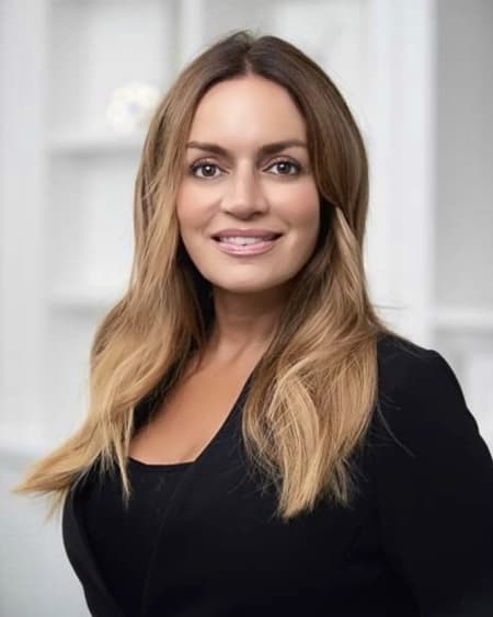 Melanie Casselman - Listing Agent