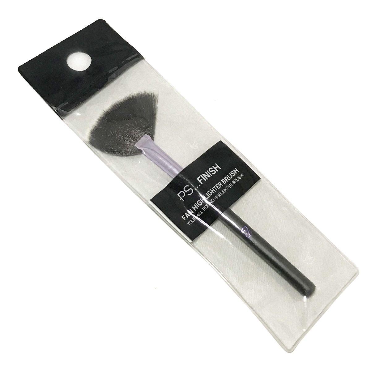 Primark Fan Makeup Brush