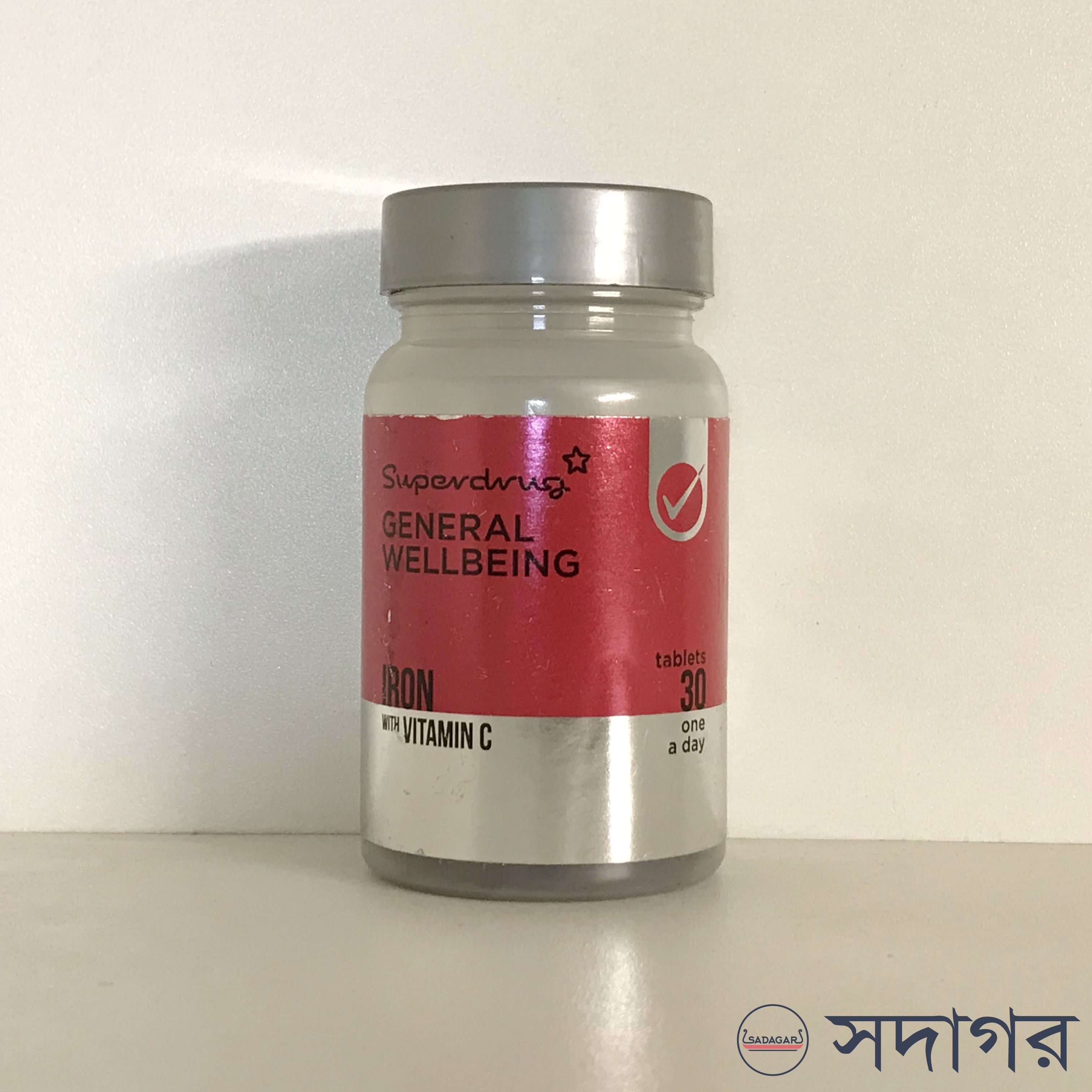 Superdrug General Wellbeing Iron with Vitamin C 30 Tablets