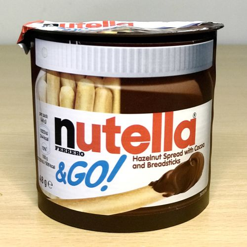 Nutella Hazelnut Spread & Malted Bread Sticks 48 g