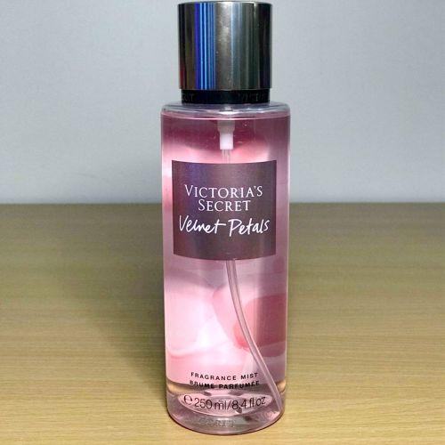 Victoria's Secret Velvet Petals Body Mist