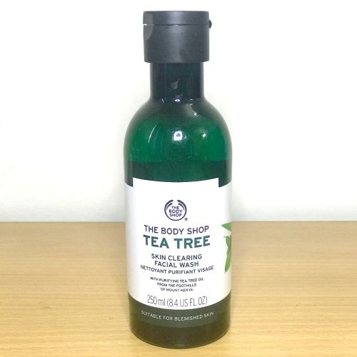 The Body Shop Tea Tree Skin Clearing Facial Wash(Nettoyant Purifiant Visage)