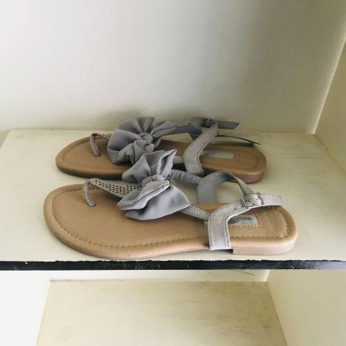 Primark Wide Fit Extra Comfort Light Grey Sandals