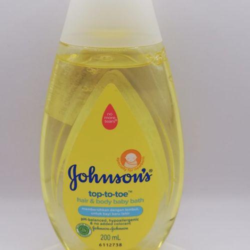 Johnson's Baby Top to Toe Bath Wash 100ml / 200ml