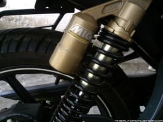 SHOCK ABSORBER REAR GAS CANISTER GOLDEN APACHE RTR GABRIEL