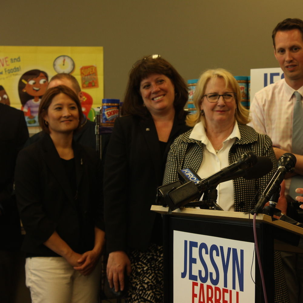 Jessyn farrell resigns state legislator 053117 u district food bank zjcw2q