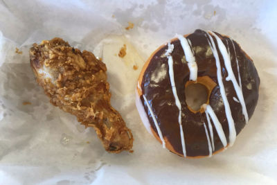 Lee s fried chicken and donuts bwgtwh